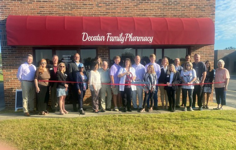 Decatur Family Pharmacy Celebrates Grand Opening